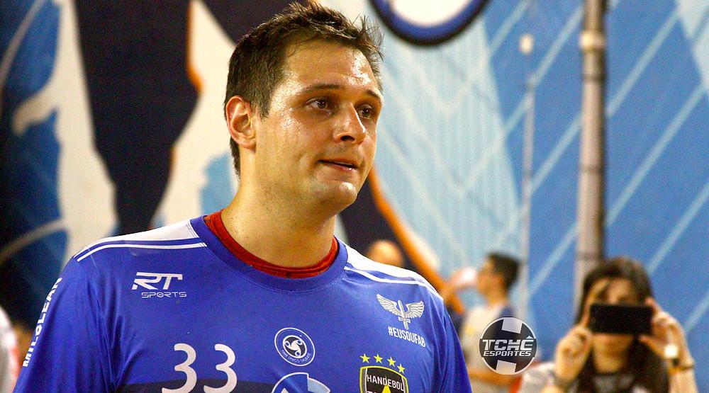Valadão (foto André Pereira/Tchê Esportes)