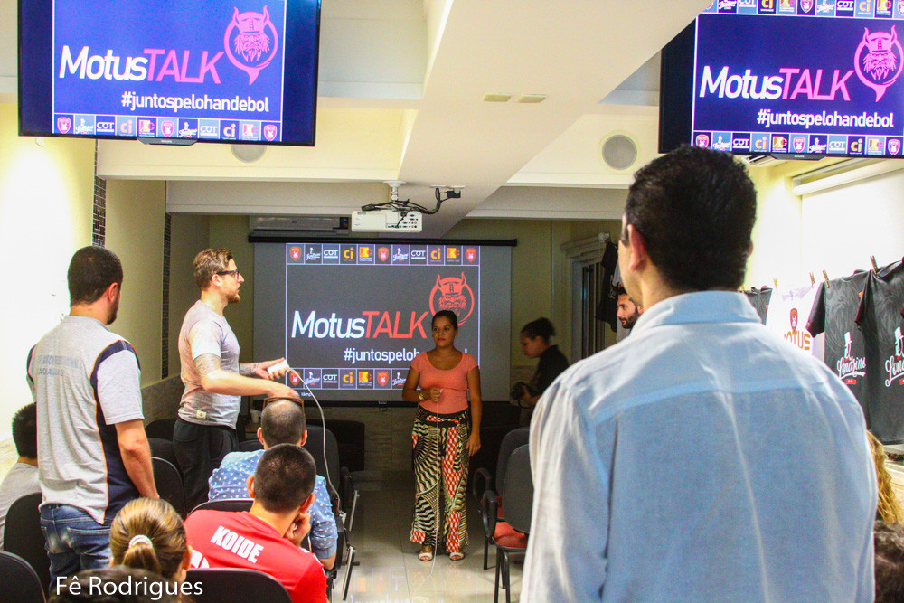 Evento Motus Talk discute soluções para o handebol brasileiro. (foto André Pereira / Tchê Esportes)