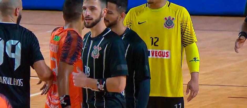 Corinthians (SP) e GHC (PI) empatam no 1º jogo pelo bronze da LHB