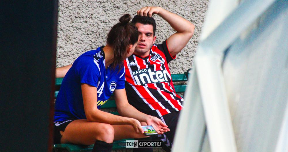 Ana Claudia e Leo Abrahão. (foto André Pereira / Tchê Esportes)