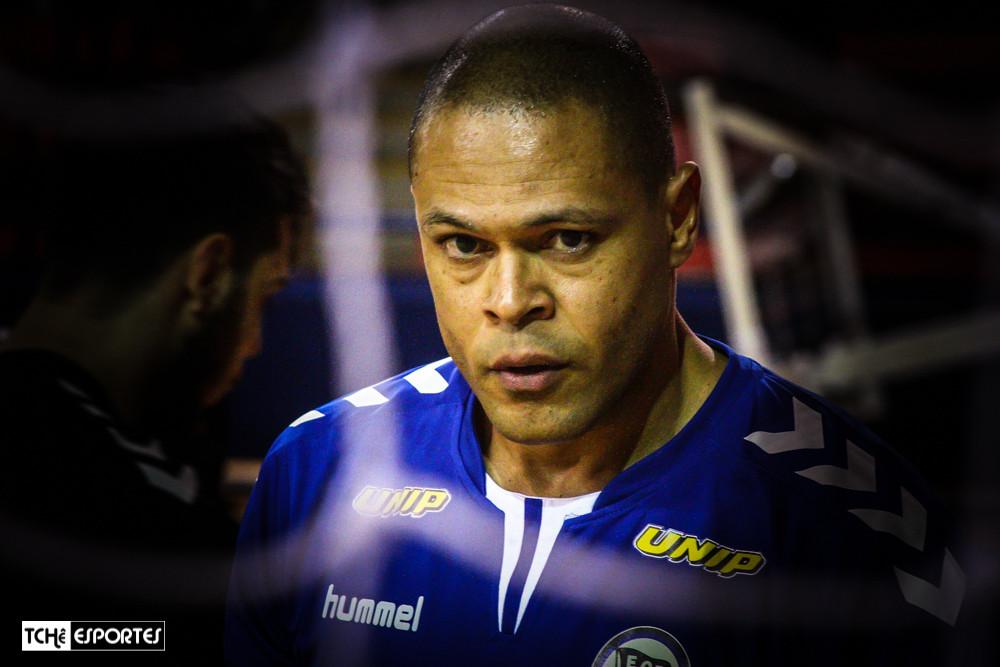 Marcão, o Thierry Omeyer brasileiro. (foto arquivo Tchê Esportes)