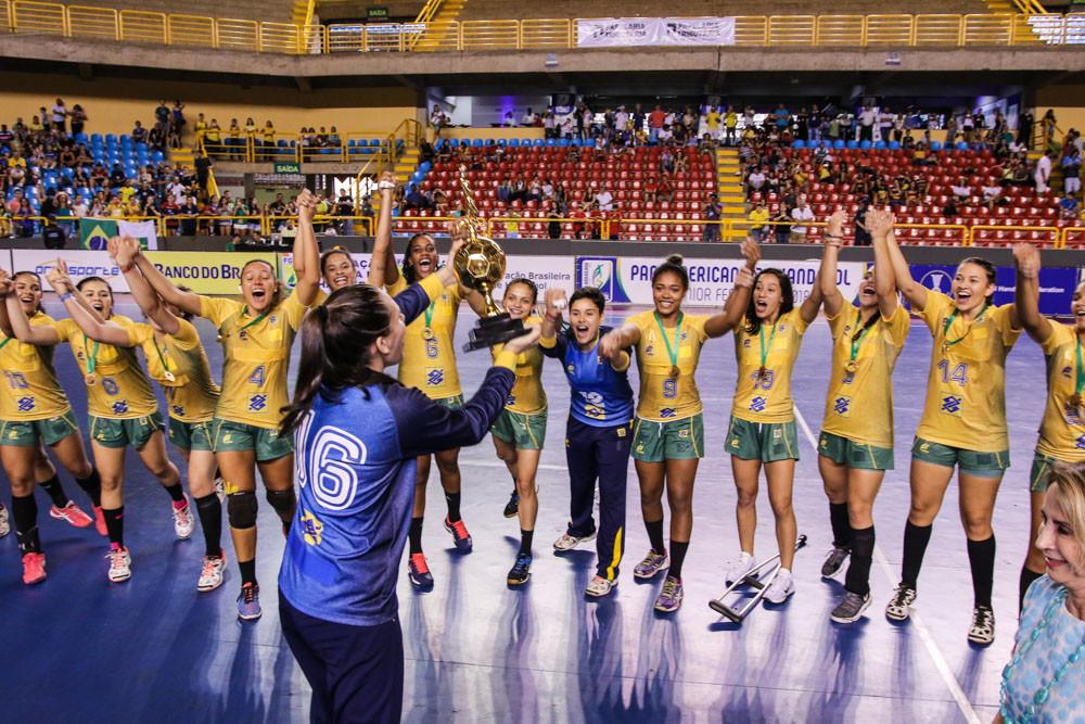 Brasil Campeão Pan-Americano de Handebol Júnior Feminino. (foto reprodução EsporteNet.TV)