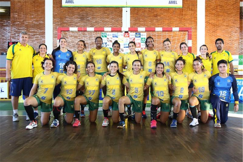 Seleção Brasileira de Handebol Júnior Feminina. (foto Randes Nunes)