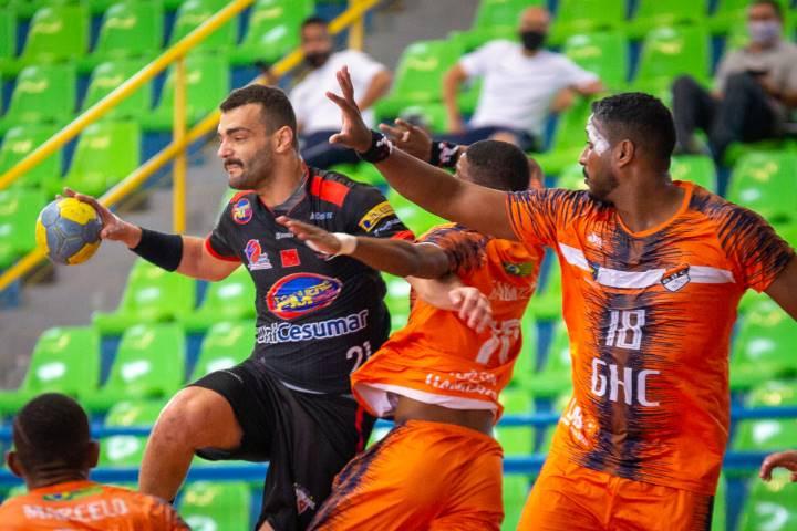 Londrina-PR x GHC-PI (foto Bruno Ruas)