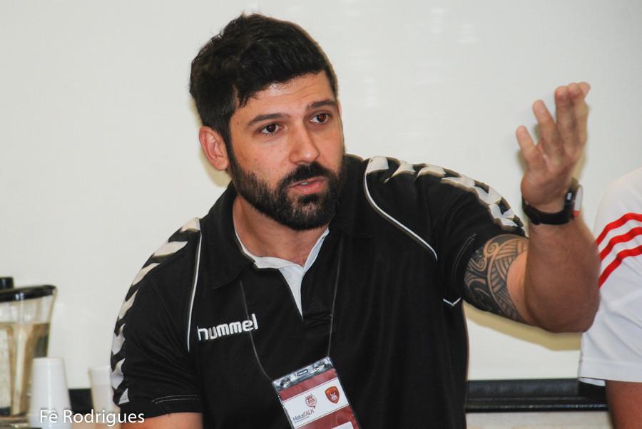 Guilherme Borin,  técnico da Hebraica . (foto Fê Rodrigues / Tchê Esportes))