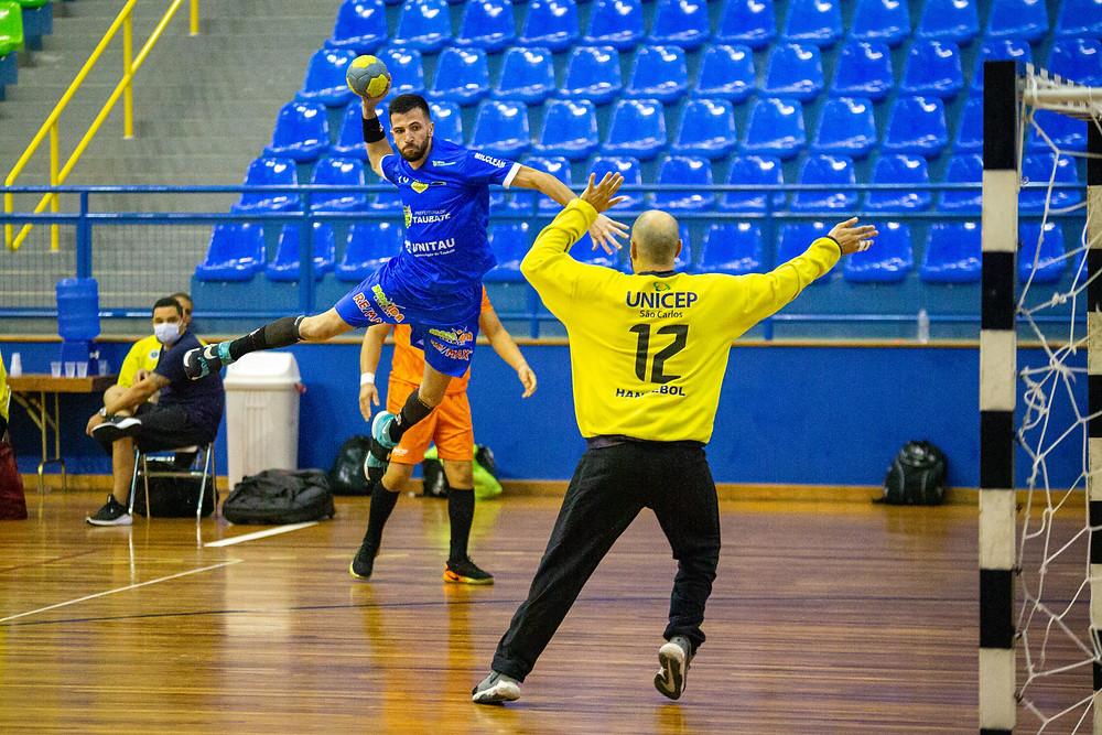 Taubaté (SP) x São Carlos (SP) (foto Bruno Ruas / LNH)