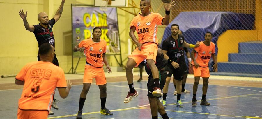 GHC vira sobre o Português e leva vantagem para segundo jogo