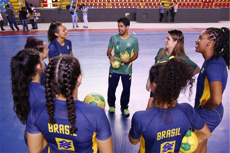 Cristiano Silva, técnico da Seleção Brasileira de Handebol Feminino Júnior. (foto  Randes Nunes)