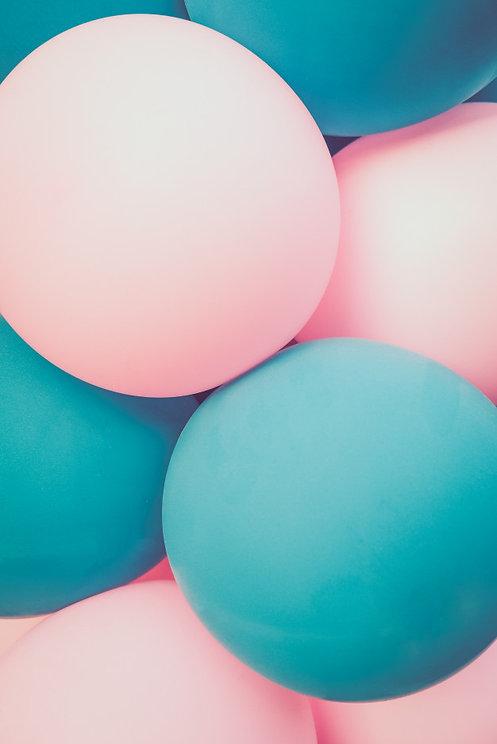 globos-color-turquesa-claro-rosa-fondo-c