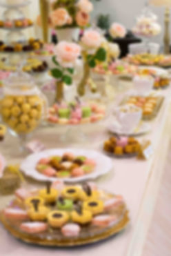 Sweet Table Chic Sweet Table Bapteme Mariage paste or doré