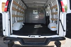 moving-van-detail-clean