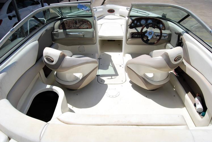 interior-boat-detail
