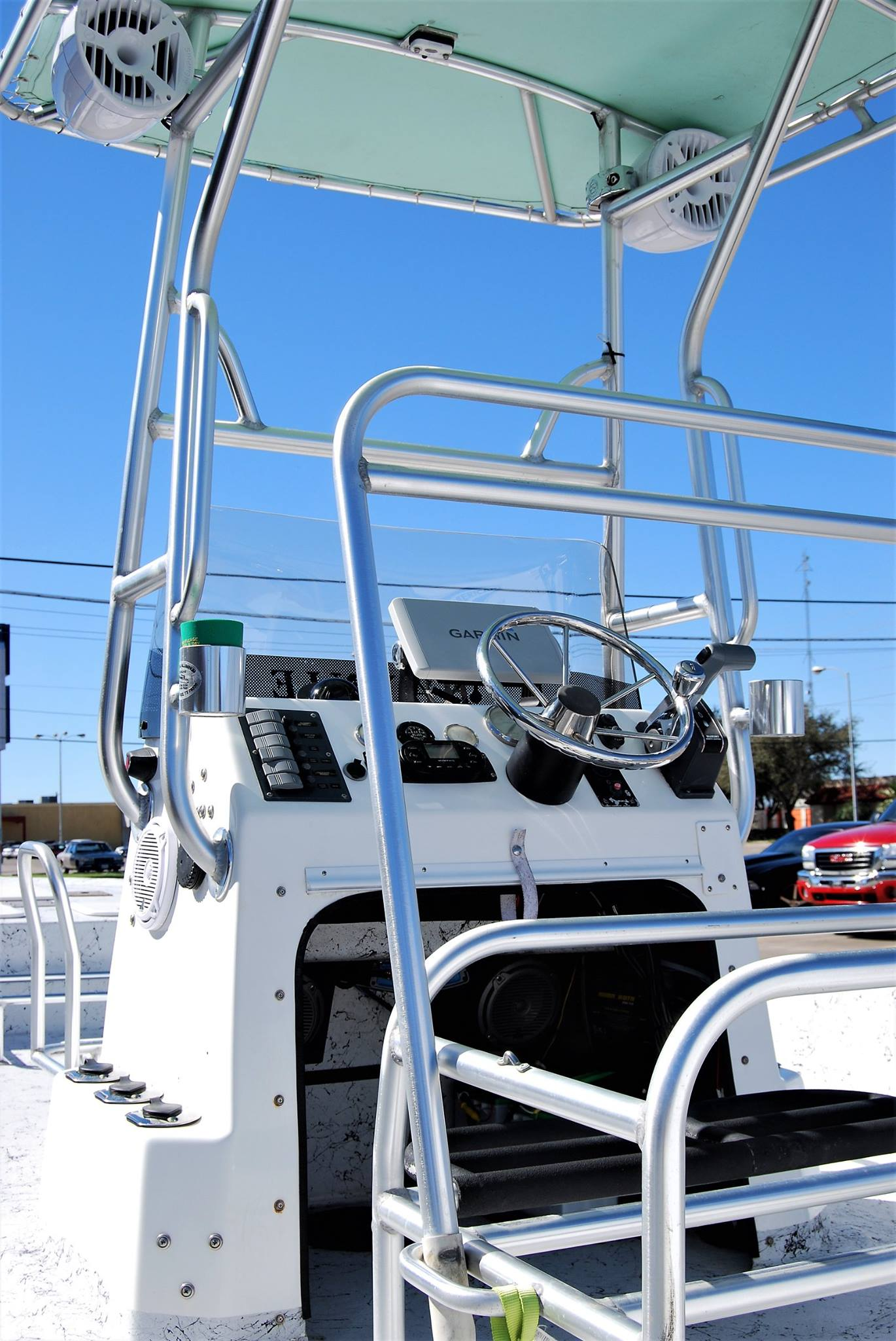 boat-chrome-polish-clean