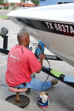 boat-oxidation-removal-detail-wax