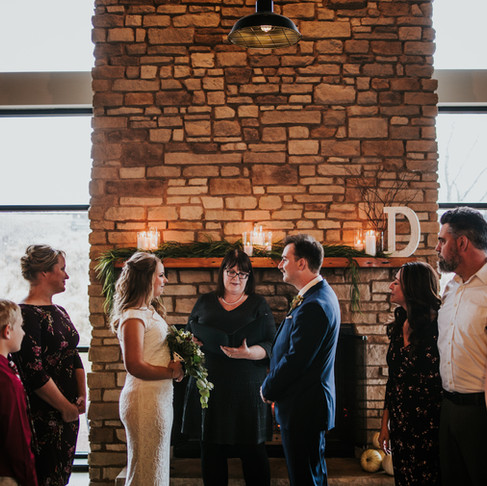 James + Lauren: Illinois Brewery Wedding
