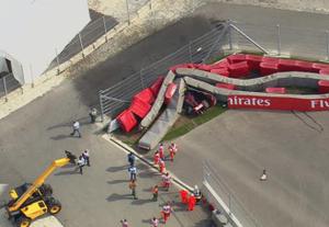 Sochi Sainz Crash F1