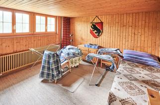 Beheiztes Zimmer im Untergeschoss