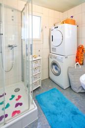 Dusche, WC, Waschturm