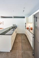 Küche zum Wohnbereich