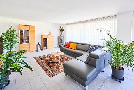 Traumhaftes Wohnzimmer mit Schwedenofen