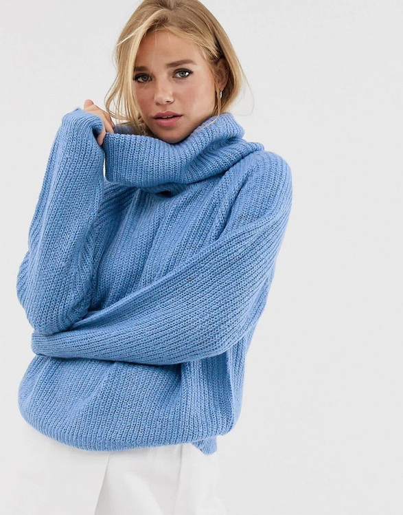 Gorge oversized roll neck