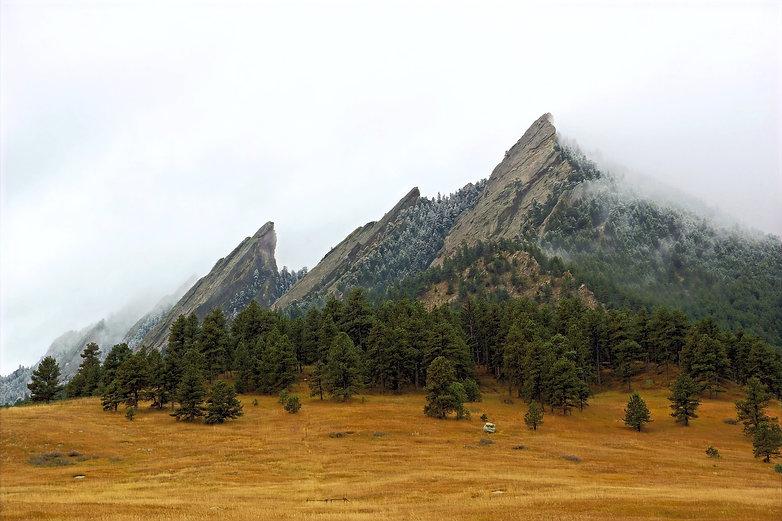 mountains-1455740_1920_edited.jpg