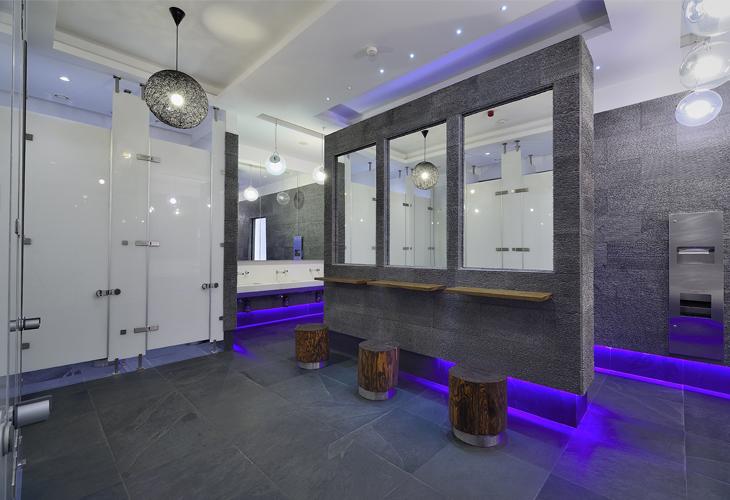 Akasya restroom