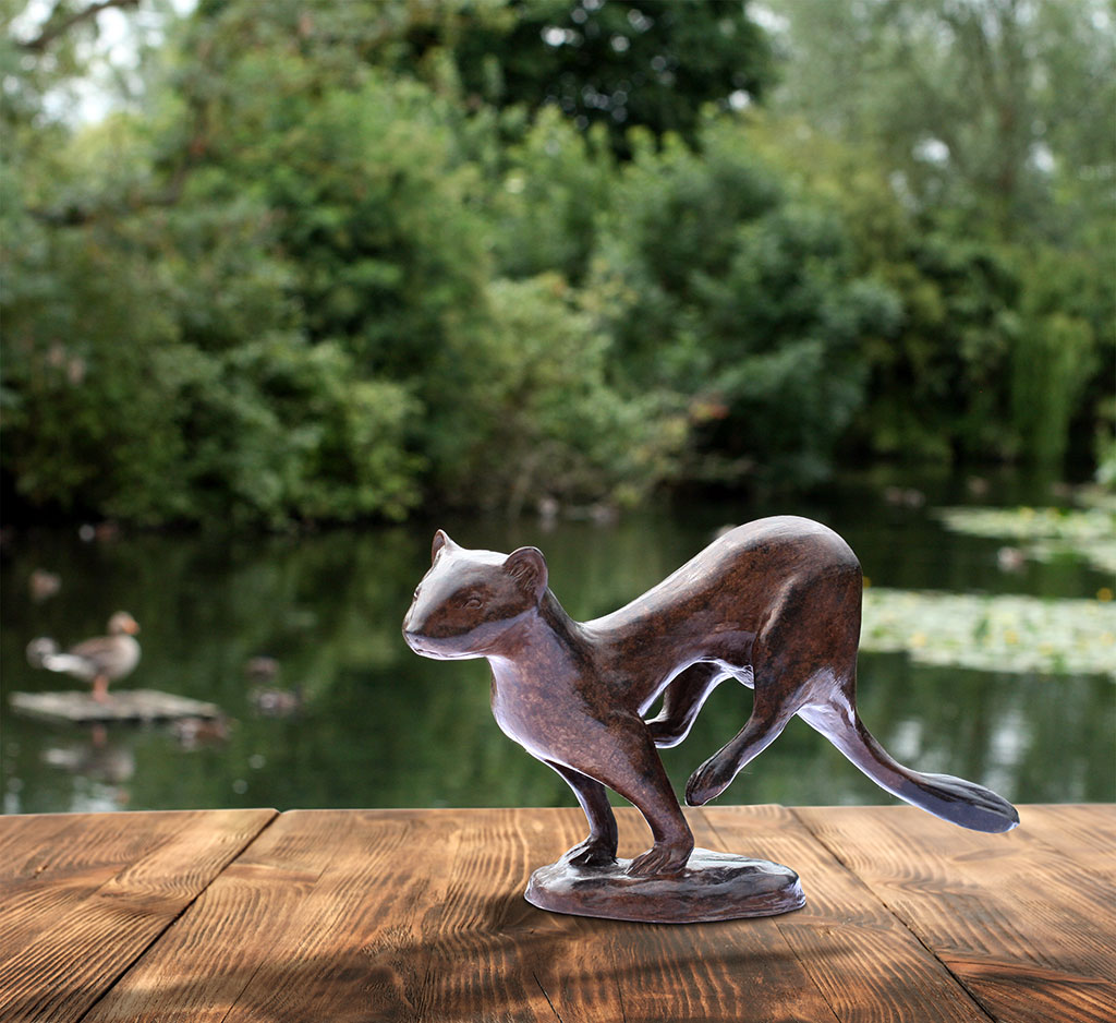 On-the-Hop-Stoat-(Bronze-Resin)-03