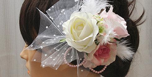 髪飾り(ヘッドドレス)バラとチュールとフェザーの組み合わせ