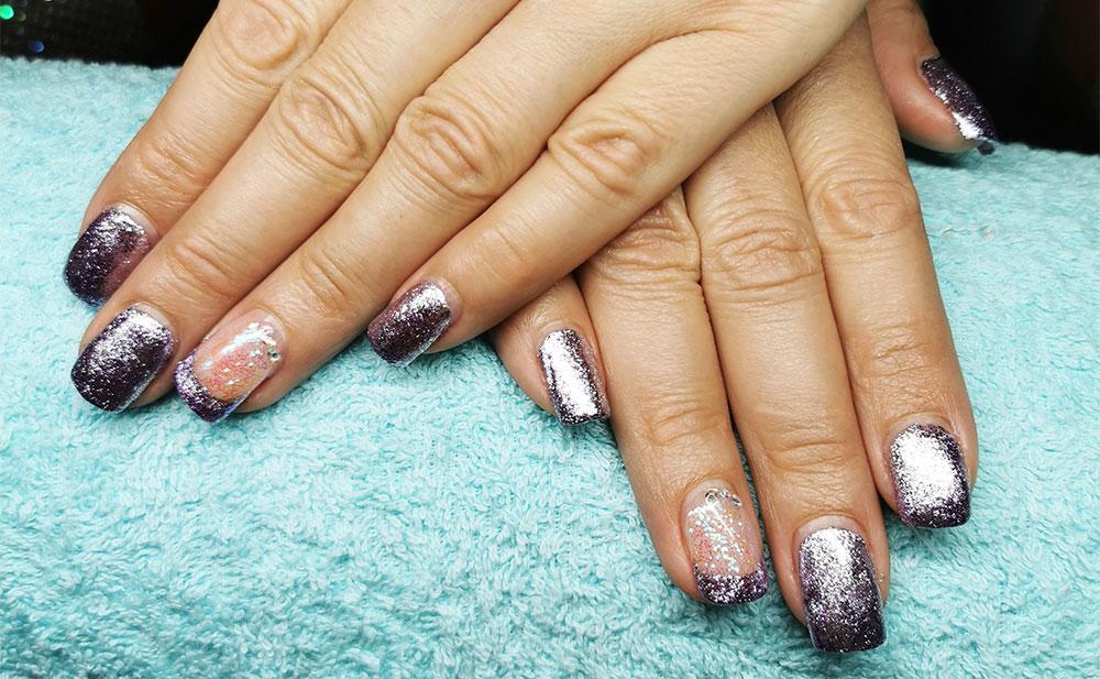 Glitter/Chrom Nails