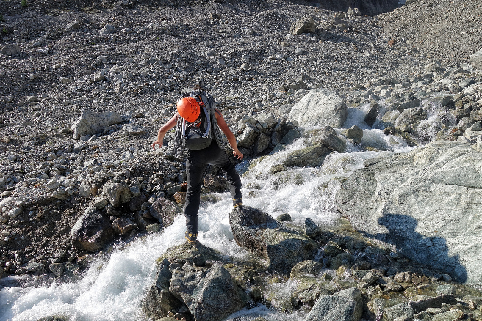 kleine Flussüberquerung - kein Problem für Armin