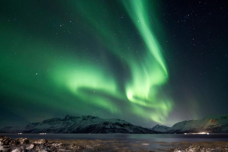 Die Polarlichter nehmen die verschiedensten Formationen und Gestalten an