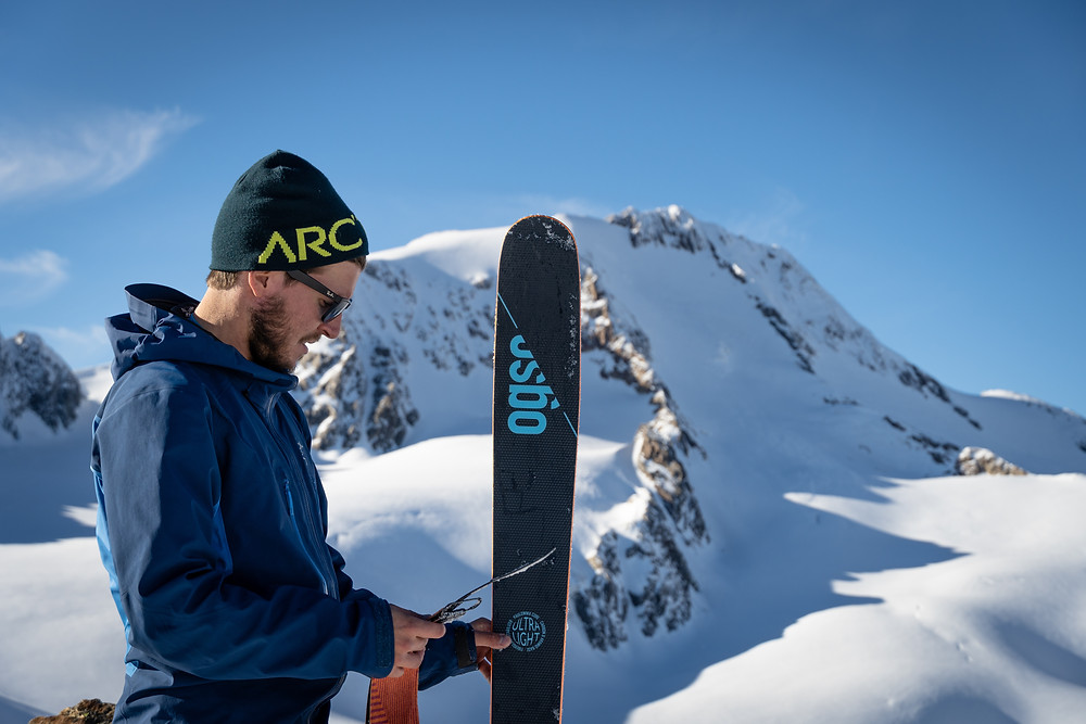 Ogso Mountain Essentials Ski Hersteller