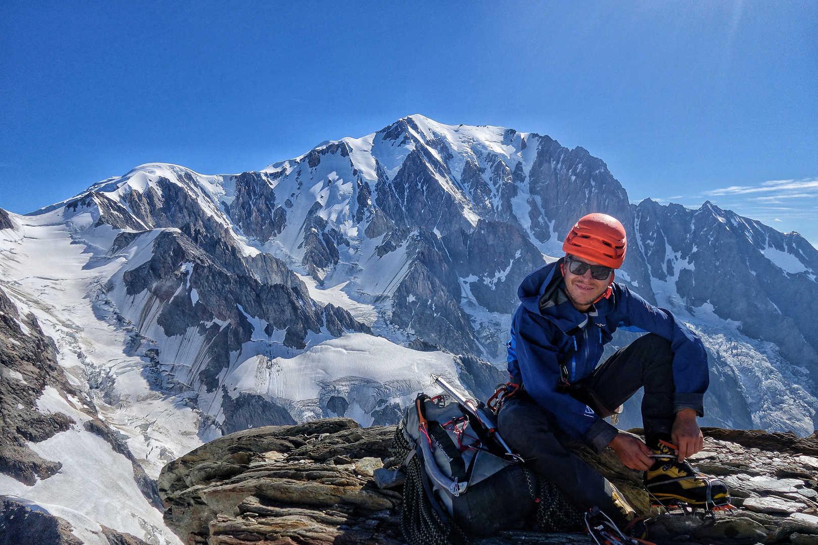 Gipfelrast mit Panorama - Der Mont Blanc