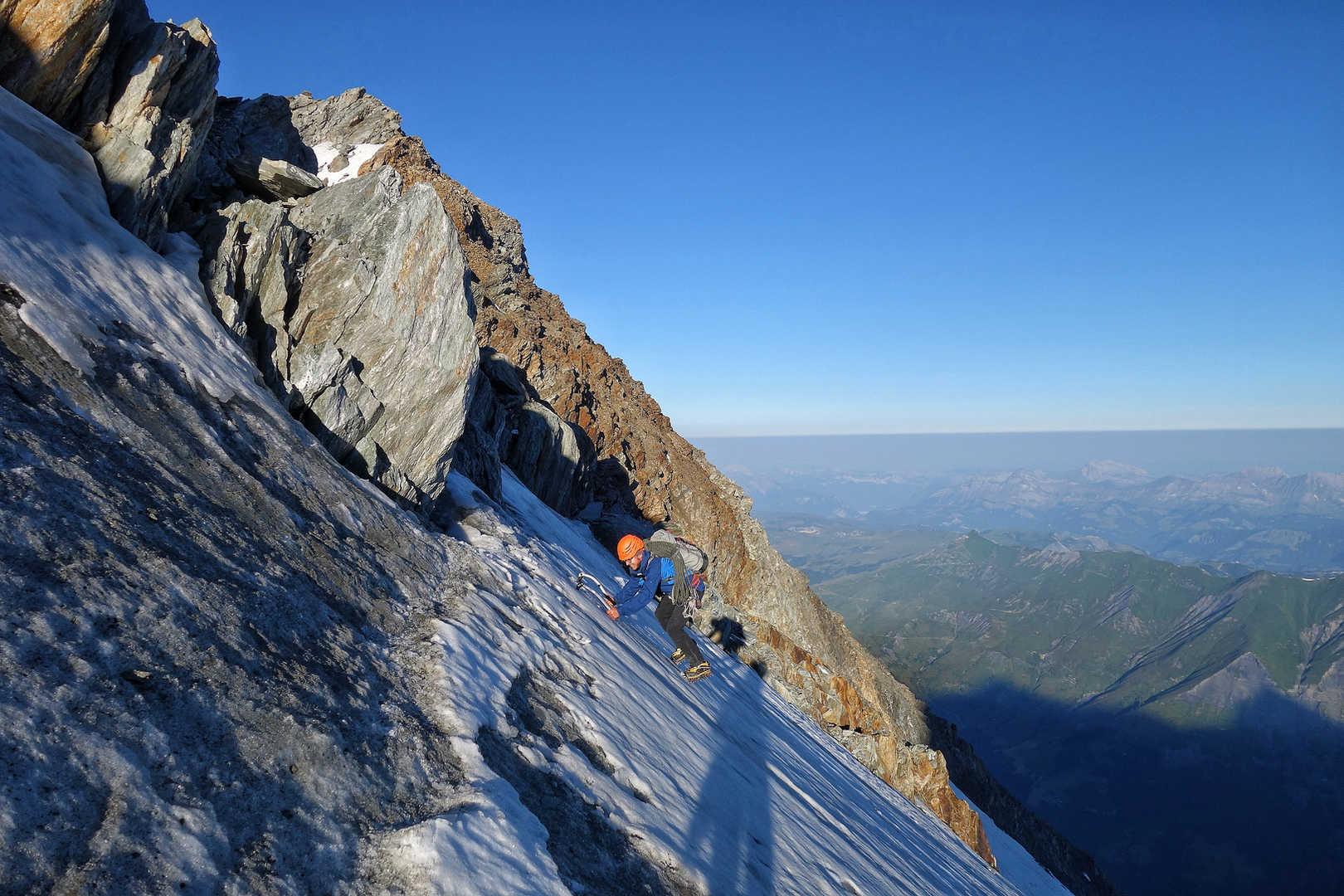 Übergang vom Fels ins Eis - Dome du Miage
