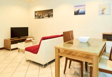 Private Garden living room