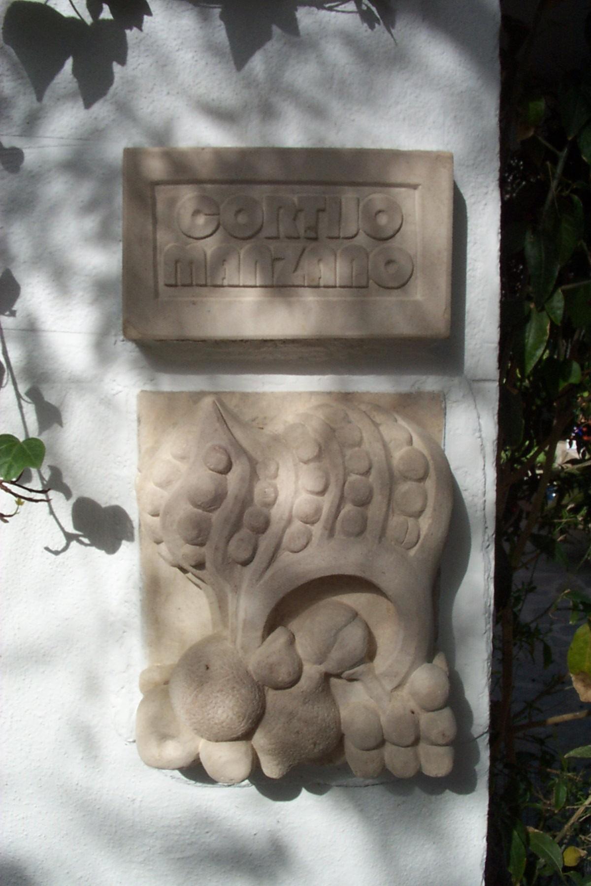 Jeff Perks-Cortijo Manzano (Stone)50x30cm