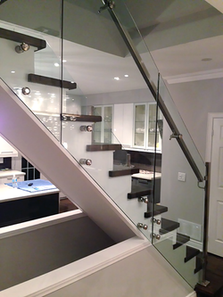 residential-glass-railing-system2.png