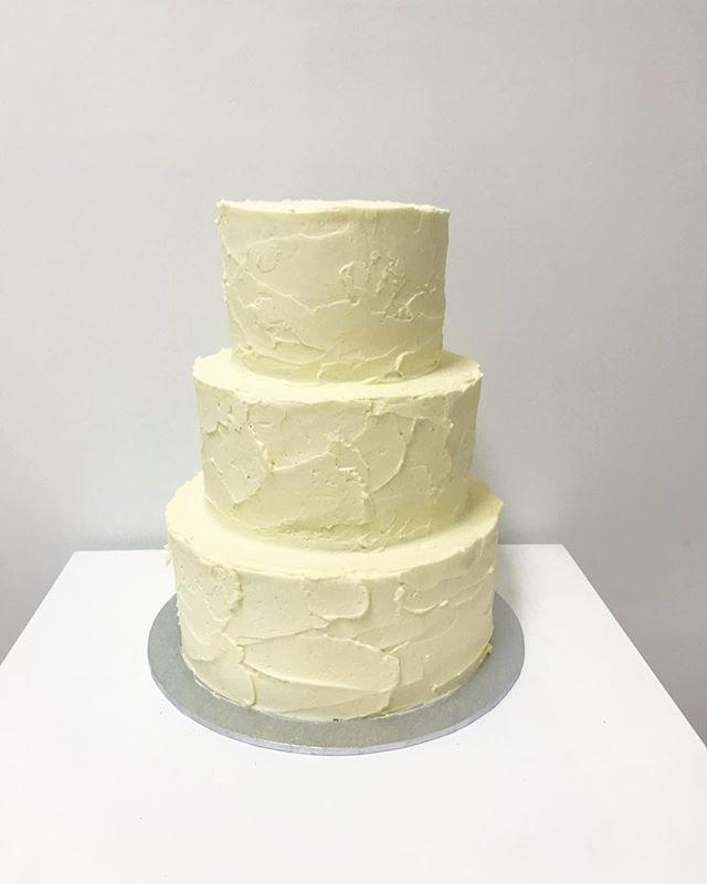 Messy Italian meringue buttercream