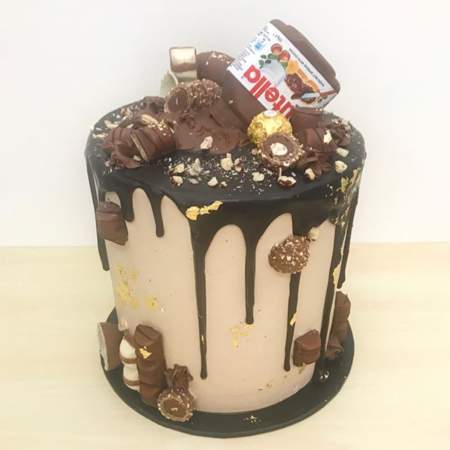 Nutella explosion cake for stunning _mlmarchesani 18th last night