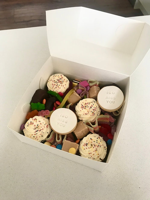 ISO Miss You lollie dessert box