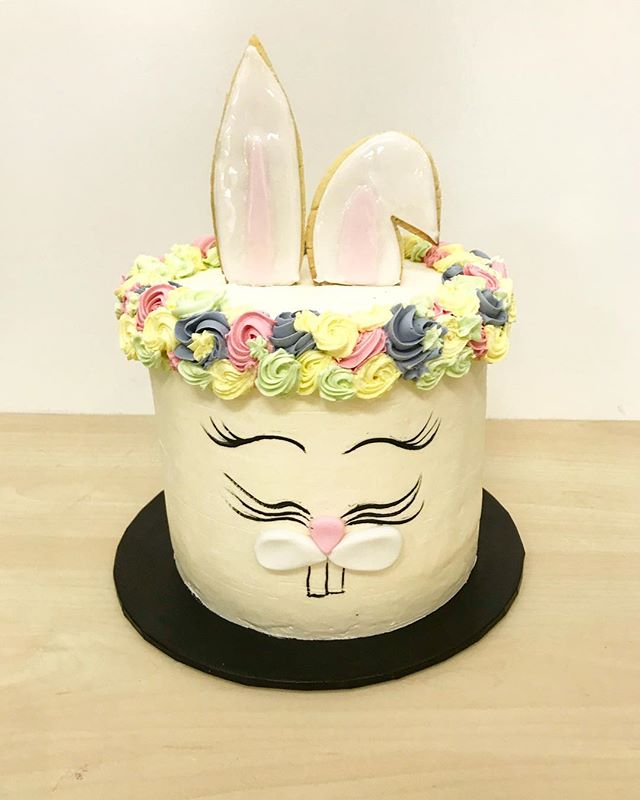 Easter rabbit cake