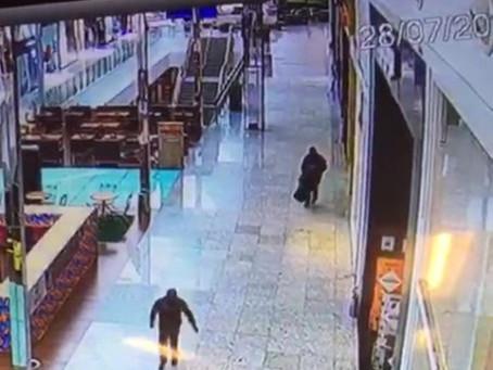 VÍDEO: Assalto à joalheria no Shopping em Balneário Camboriú