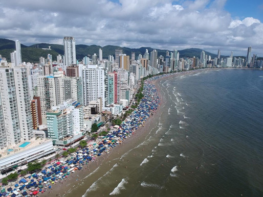 Balneário Camboriú é a terceira cidade com o metro quadrado mais caro do país