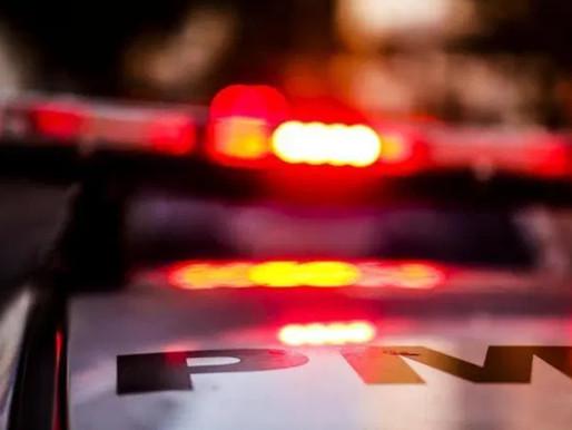 Assaltantes tentam amarrar idoso e levam tiros em Penha