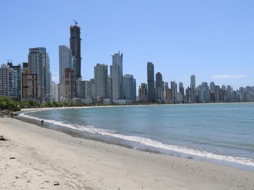 Praia Central de Balneário Camboriú e Praias Agrestes estão próprias para banho
