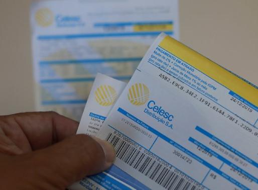 Deputados aprovam projeto de lei que proíbe reajuste de tarifas durante a pandemia