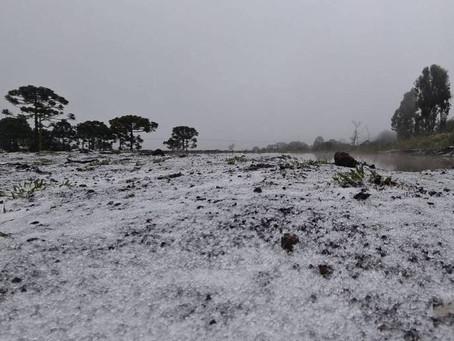 Pode ter neve pelo segundo dia consecutivo em Santa Catarina