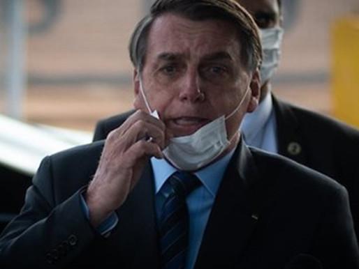 Bolsonaro questiona máscara e isolamento no dia mais letal da covid-19