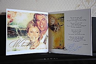 Jed Allen Judith McConnell и автограф Николаса Костера